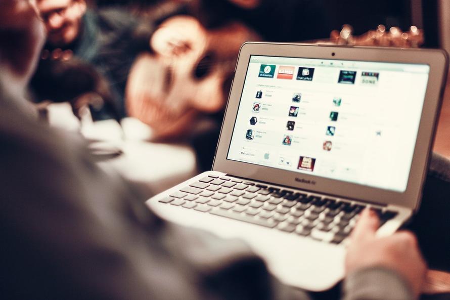 How to Improve Online Customer Satisfaction